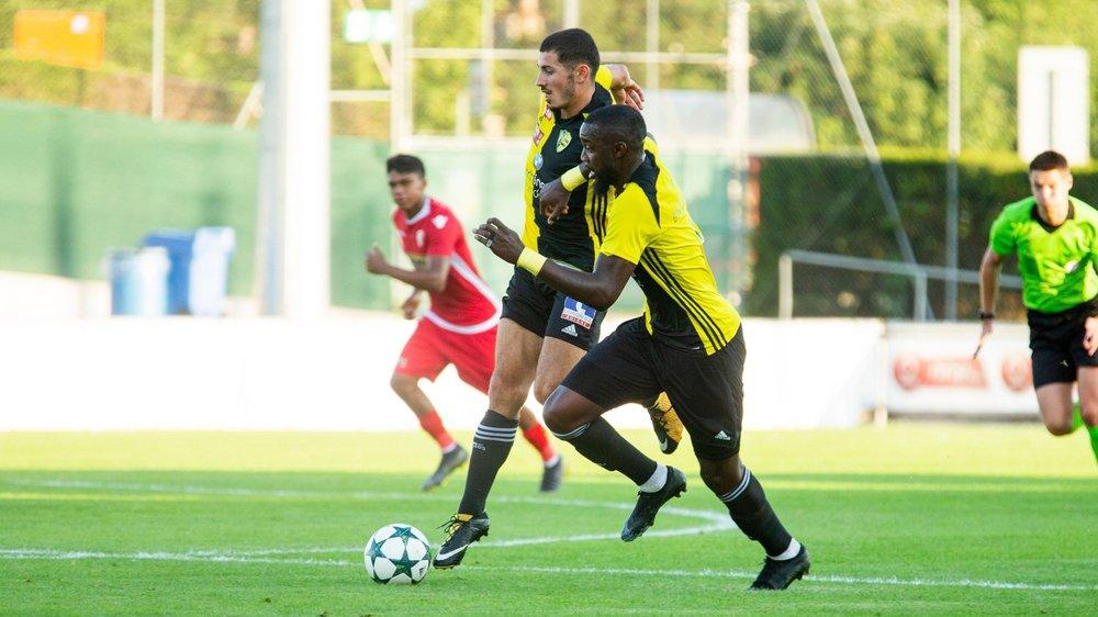 Contrairement aux apparences, Tiago Escorza et Jordi Nsiala ne se sont pas gênés au moment de trouver des espaces dans la défense adverse.