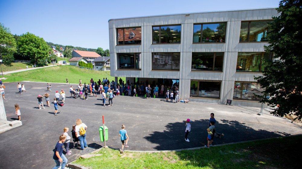 L'école du Vallon à Saint-Cergue a vécu, lundi, sa première rentrée, et elle est déjà surchargée.