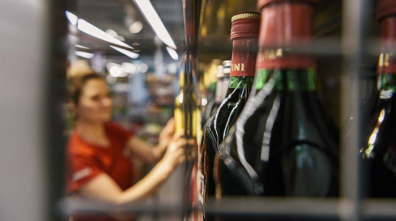 Fin 2017, le Parlement a demandé le retour des ventes d'alcool sur les autoroutes suisses.