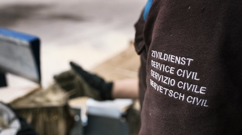 Service civil: les huit mesures pour réduire le nombre de civilistes expliquées en vidéo