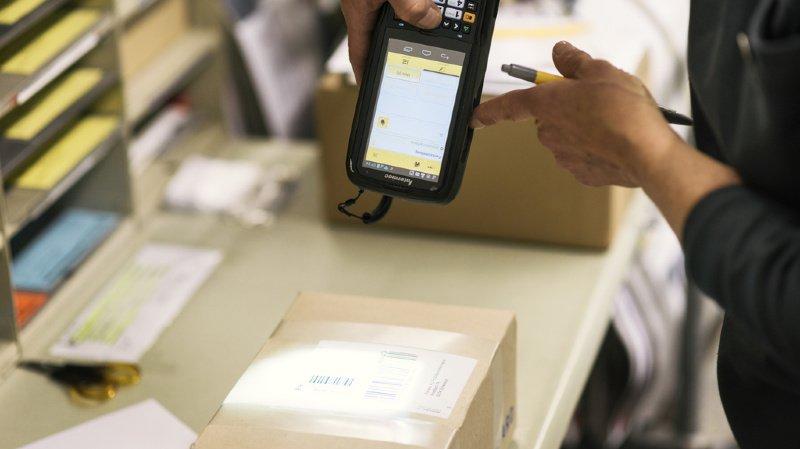 Envoyer un paquet coûtera moins cher dès l'an prochain. Pour autant que vous imprimiez vous-même l'étiquette (illustration).