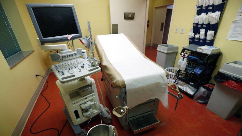 Avortement: les IVG en hausse en 2018, avec plus de 10'450 cas recensés en Suisse