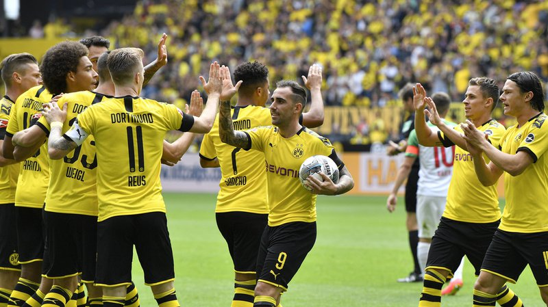 Football - Bundesliga: le Borussia Dortmund prend d'entrée les commandes