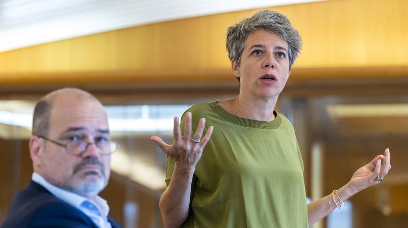 Sami Kanaan, conseiller administratif chargé du Département de la culture et du sport et Sandrine Salerno, la maire de Genève, ont présenté leur idée de réforme.
