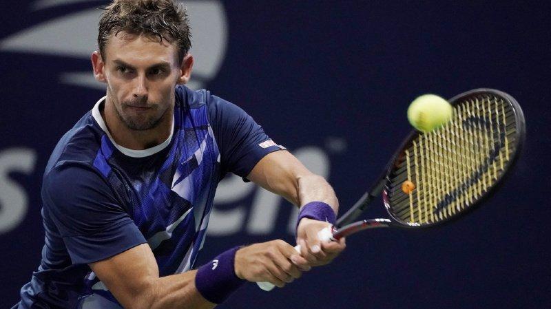Le numéro 3 suisse Henri Laaksonen (ATP 119) s'est qualifié pour la première fois au deuxième tour de l'US Open. Il a vaincu l'Italien Marco Cecchinato en 5 sets.