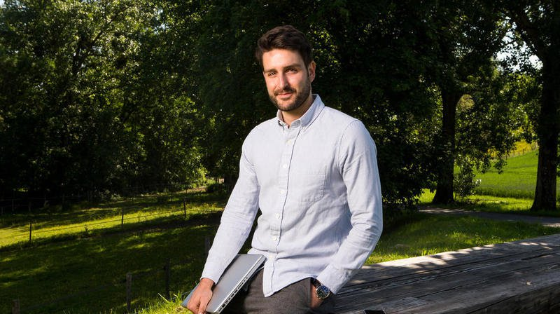 Le Nyonnais, Simon Pelletier, est le CEO de Lendora.