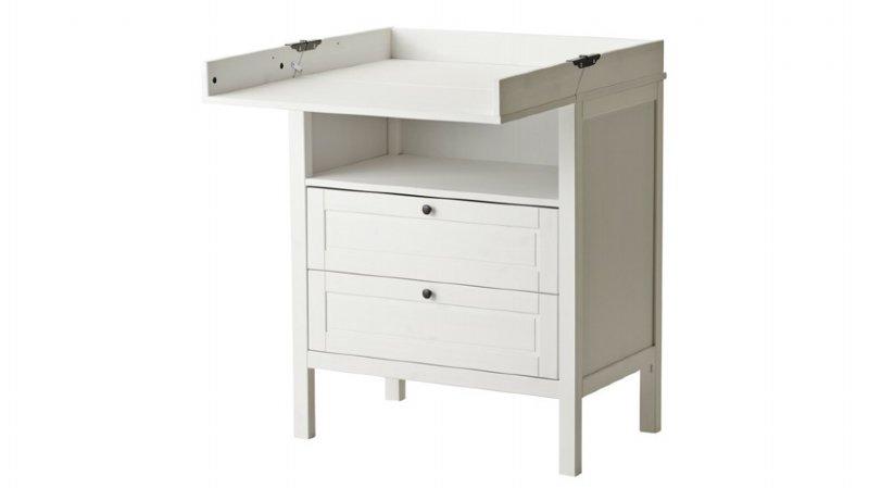 IKEA rappelle une table à langer en raison de risque de chute