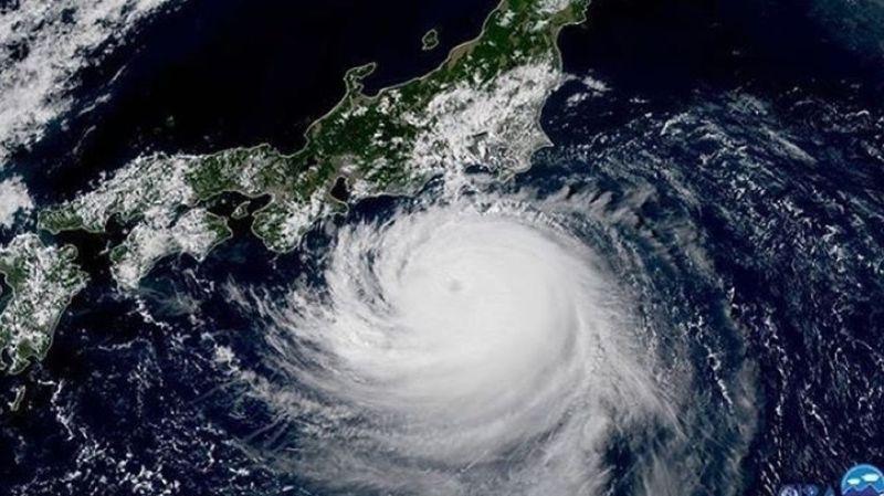 Faxai se situait près de l'île de Hachijojima, au sud de Tokyo dans le Pacifique, dimanche matin (01H00 GMT).