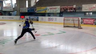 Hockey: avec un tir surpuissant à 173 km/h, Marc Sahli, attaquant d'Arosa, bat le record de Suisse