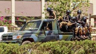 Burkina Faso: 24 morts dans l'attaque d'une base militaire