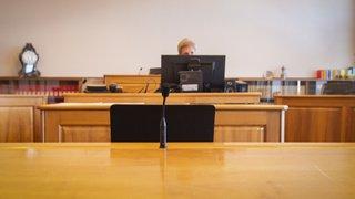 Procès: quatre ans de prison pour avoir brûlé son partenaire