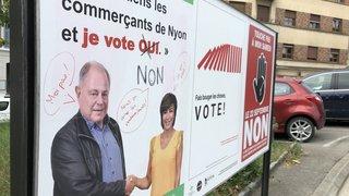 Commerce nyonnais: des affiches vandalisées à quelques jours du vote