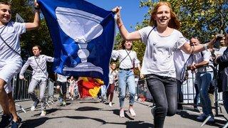 Un souffle olympique dans les drapeaux communaux qui passent aux couleurs de Lausanne 2020