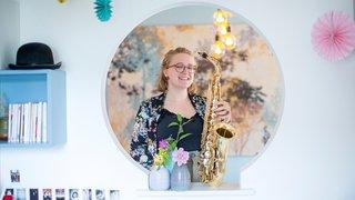 A 18 ans, cette saxophoniste de Gilly est l'une des meilleures du pays
