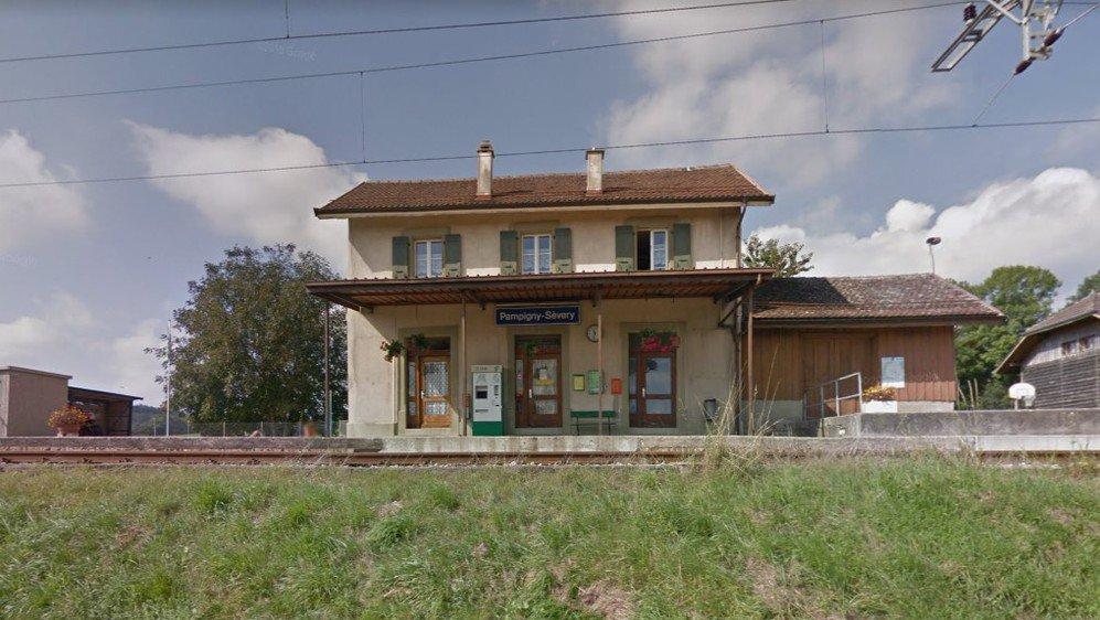 Le bâtiment de la gare de Pampigny-Sévery est l'unique du réseau MBC à devoir être remplacé par un nouvel abri, dans le cadre des travaux qui permettront un accès facilité aux personnes à mobilité réduite.