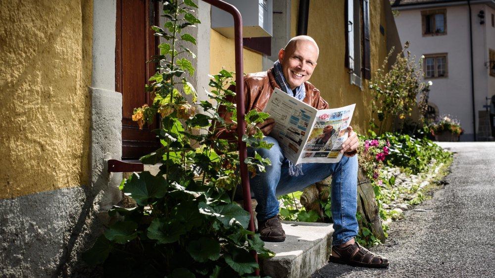 """Pascal Pellegrino, rédacteur en chef du """"Journal de Cossonay"""", et sa quarantaine de correspondants rencontreront leurs lecteurs samedi à l'occasion du 120e anniversaire de l'hebdomadaire local."""