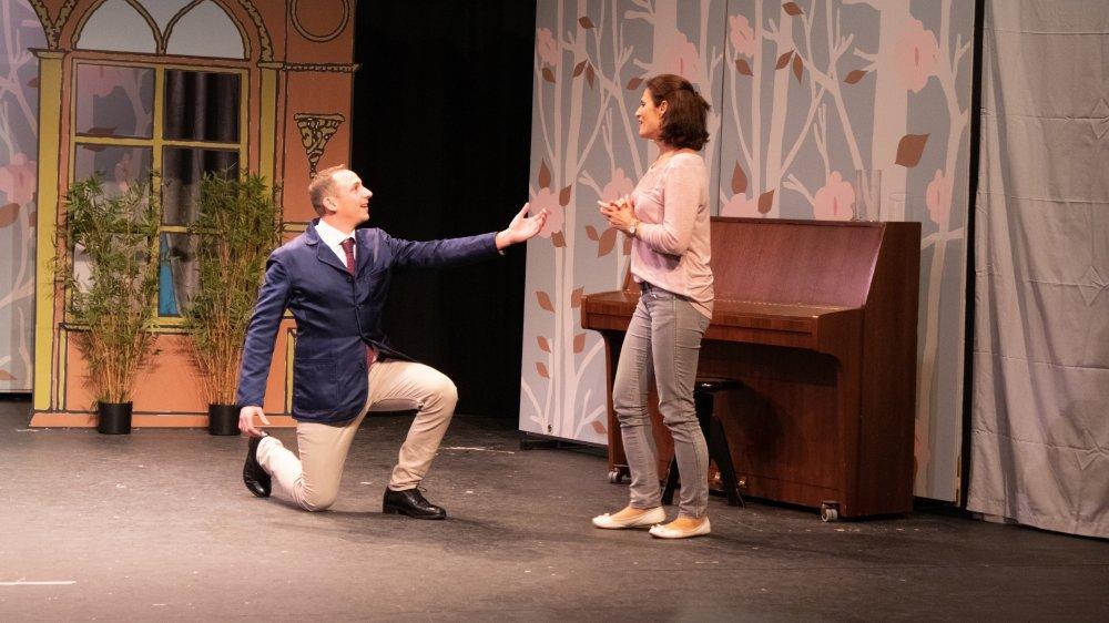 Des histoires de mariage seront racontées par les dix comédiens du Théâtre amateur de Prangins.