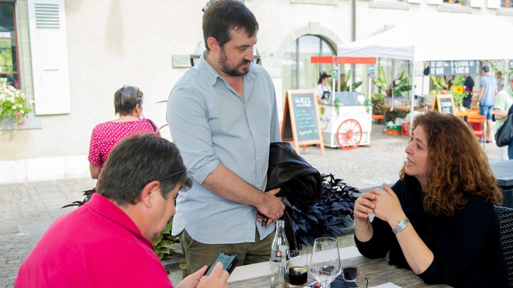Une fois l'euphorie de la victoire passée, Sacha Vuadens est venu saluer Marisa Benedetto.