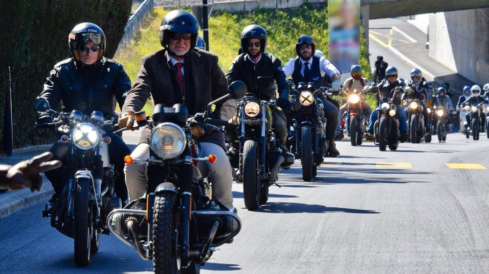 La parade est partie de Mies pour rejoindre Genève, avec plus de 350 participants inscrits.