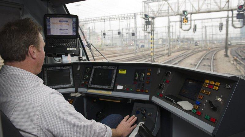 Lorsqu'ils travaillent durant leur jours de congé, les conducteurs de train CFF reçoivent une prime de 80 francs. (Illustration)