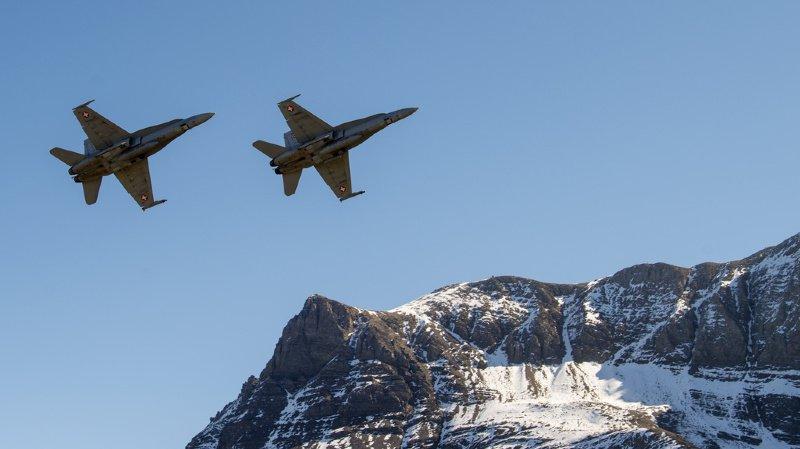Fissure dans les volets d'atterrissage d'un F/A-18, le grand show aérien de l'Axalp annulé