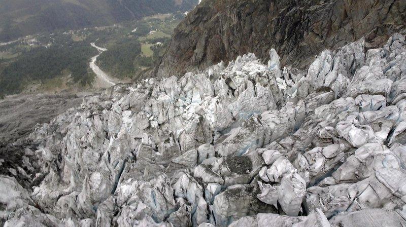 Le glacier italien de Planpincieux avancerait de 50 à 60 centimètres chaque jour.