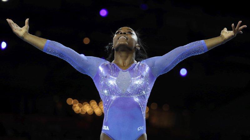 Gymnastique - Mondiaux de Stuttgart: l'Américaine Biles devient la gymnaste la plus titrée