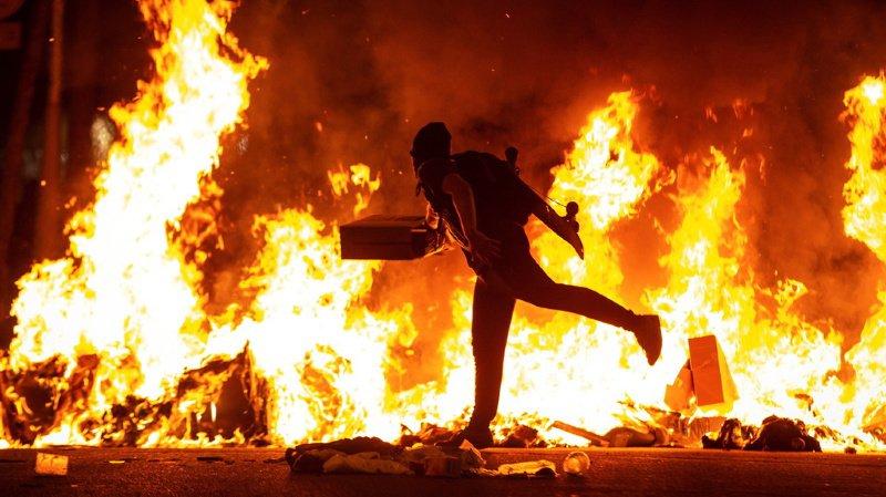 Les affrontements ont été particulièrement violents dans la nuit de mardi à mercredi.