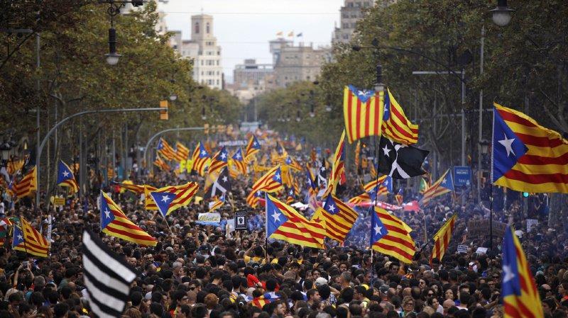 Espagne: un demi-million de manifestants indépendantistes à Barcelone
