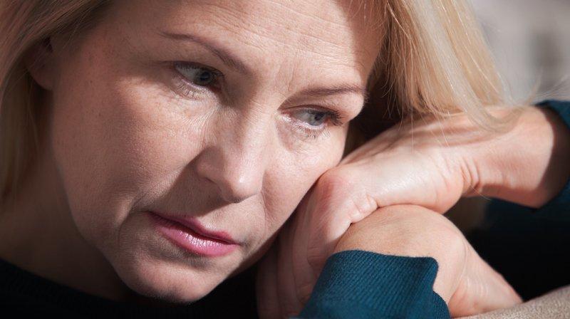 Ménopause: risques et bénéfices des traitements hormonaux