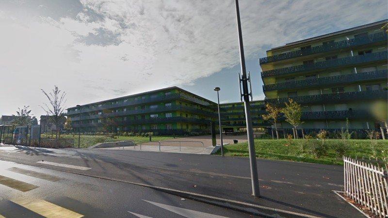 """Le projet doit s'annexer aux bâtiments du """"Quartier de l'Etang"""" existants."""