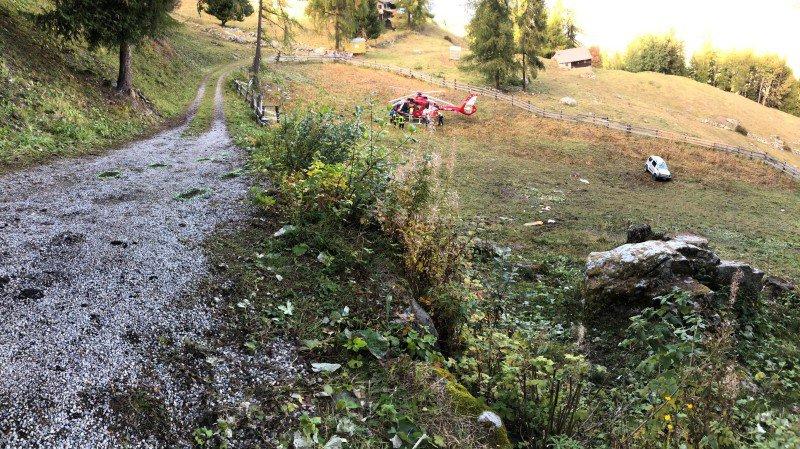 """L'accident a eu lieu sur une route d'alpage au lieu-dit """"Sofleu"""" à Haute-Nendaz."""