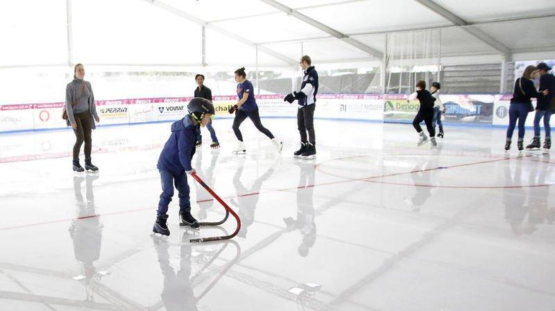 La patinoire ouvre ses portes le 19 octobre.