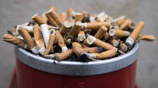 Tessin: vers une déduction des pauses cigarettes des fonctionnaires?