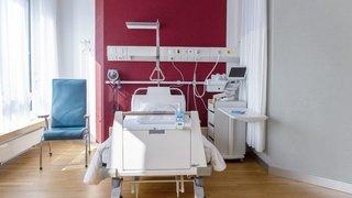 Assurance maladie: une majorité de Suisses juge que la qualité ne justifie pas des prix élevés