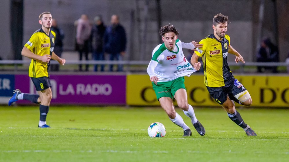"""Dalibor Stevanovic et les """"jaune et noir"""" se sont accrochés tant bien que mal pour ramener un point d'Yverdon."""