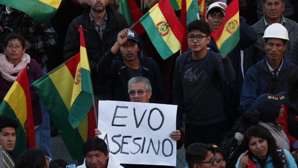 L'opposition à Evo Morales durcit le ton