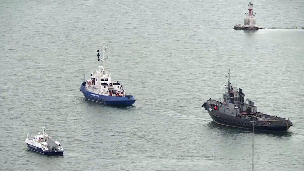 Les bateaux militaires ukrainiens ont été rendus hier. Ils avaient été saisis un an plus tôt au large de la Crimée.