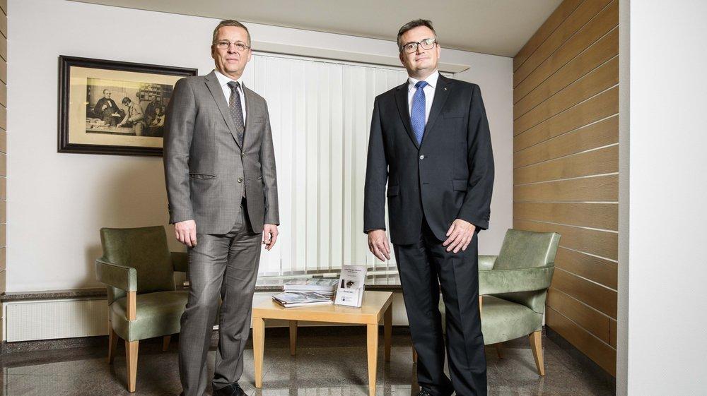La Caisse d'Epargne d'Aubonne se hisse à nouveau à la première place parmi les meilleurs banques de détail de Suisse. Ses deux directeurs: Fabio Mosena (à g.) et Olivier Thibaud (à dr.).