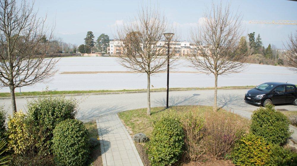 Un nouveau quartier est prévu sur le champ situé entre le chemin des Pensées (au premier plan) et le quartier de Haute-Combe.