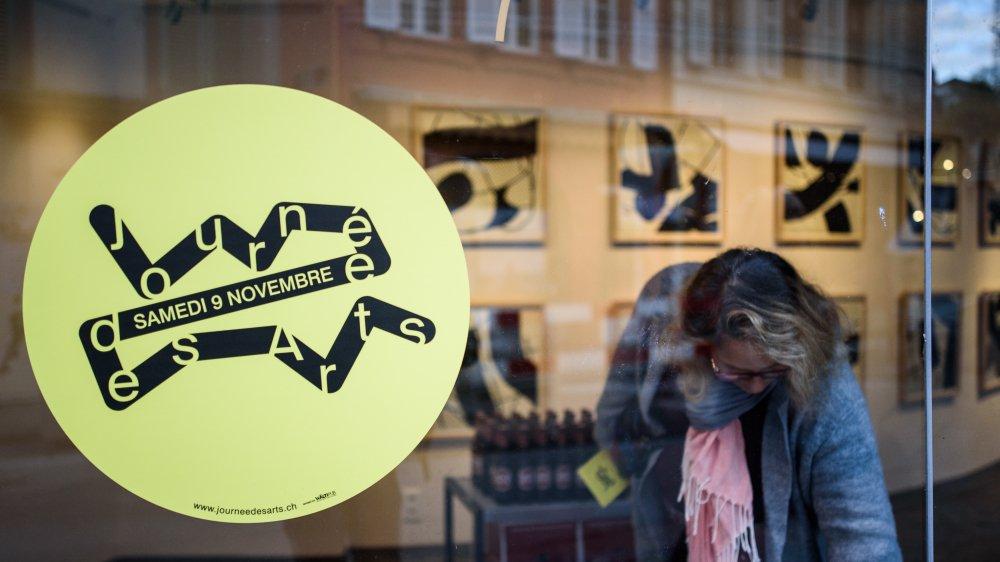 Le logo jaune de la manifestation était visible dans de nombreuses vitrines nyonnaises, comme ici à L'Esquisse.