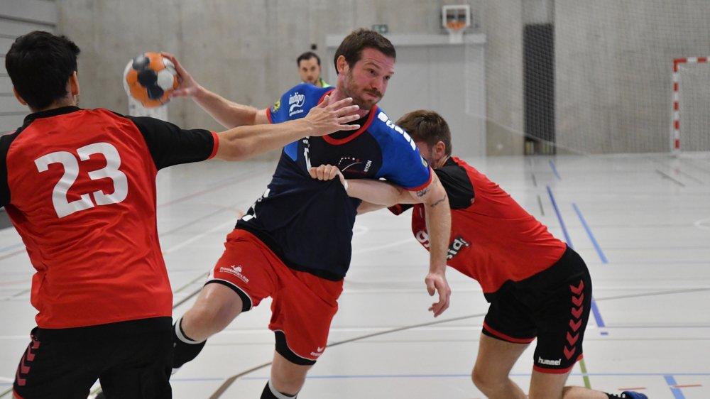En ouverture de saison, Florian Duckert et les Nyonnais avaient déjà souffert face au jeu rugueux des Bernois (photo).