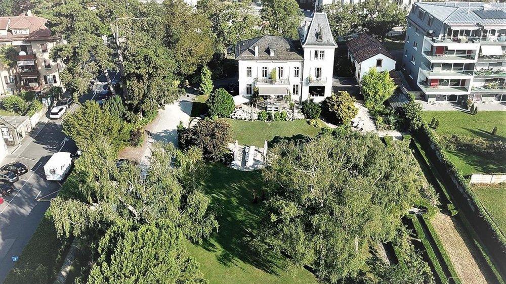 Le jardin de la Maison d'Igor, à la rue Saint-Domingue: un exemple typique de ces espaces verts accolés à une maison de maître, qu'il s'agit de préserver.