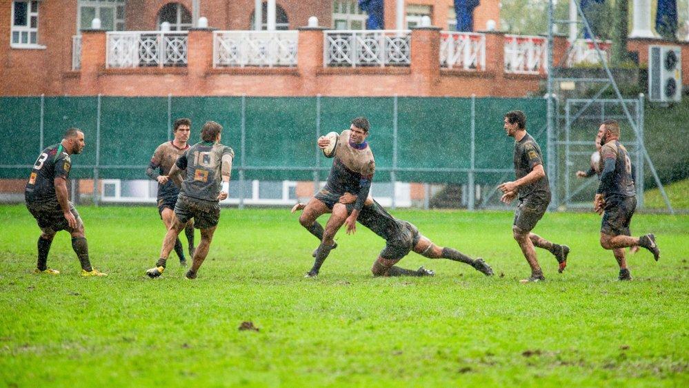 Depuis le 3 novembre et le match contre Hermance, la boue s'est durablement invitée à Colovray.