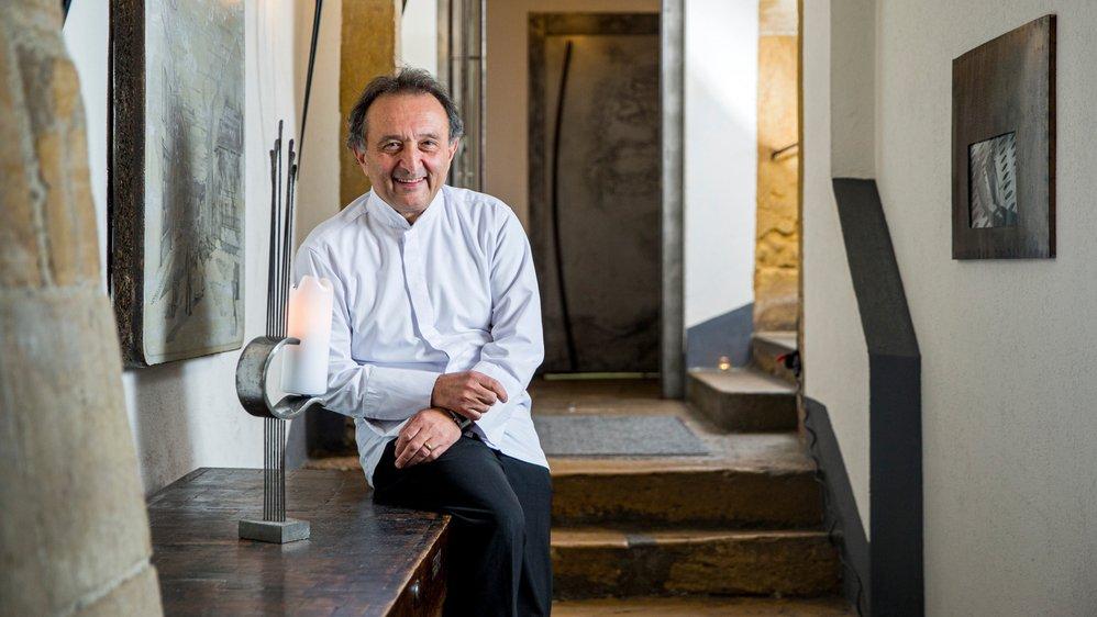 Carlo Crisci s'apprête à fermer un établissement qui fait partie de l'histoire de Cossonay. Mais il ne quittera pas le bourg.