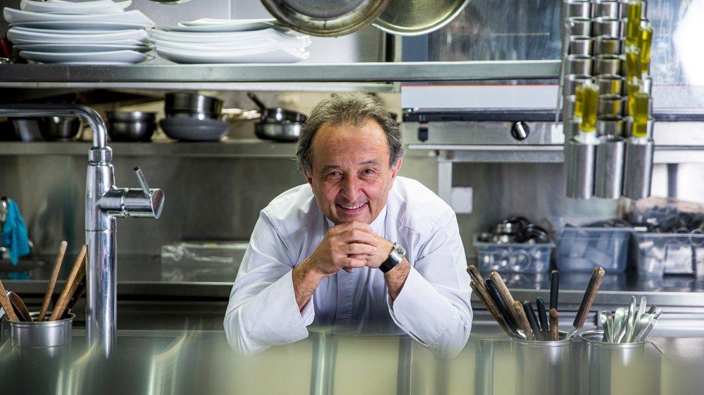 En cuisine, Carlo Crisci ne travaille pas, il s'amuse.