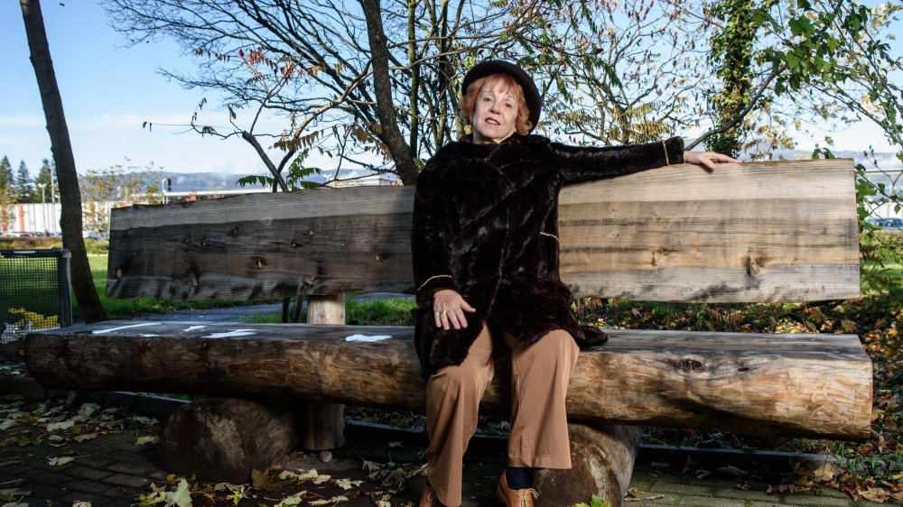 Christine Vuagniaux estime que de vieux troncs pourraient avoir une seconde vie comme banc.