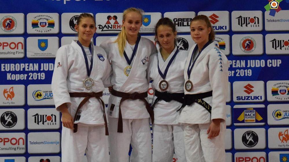 Aline Rosset est montée pour la première fois sur un podium de Coupe d'Europe.
