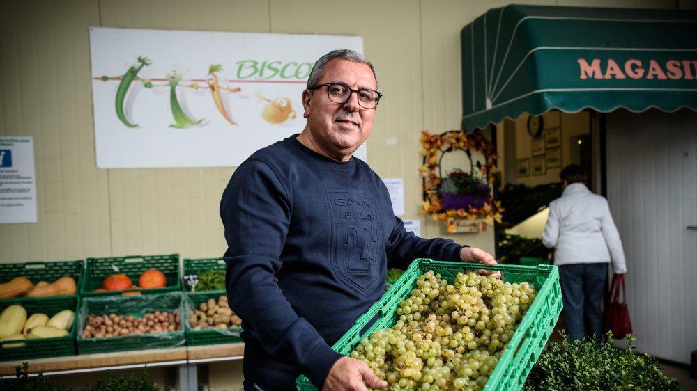 Gabriel Bensimon, directeur commercial chez Biscotte, a lancé la filière du raisin de table local.