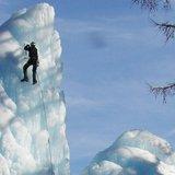 Escalade sur cascade de glace